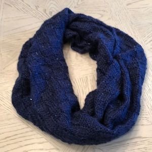 Accessories - NWOT Blue with sequins infinity scarf